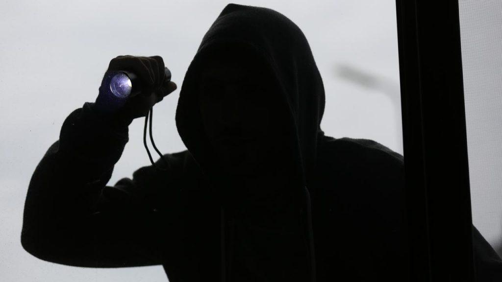 cambriolage caméra Béziers
